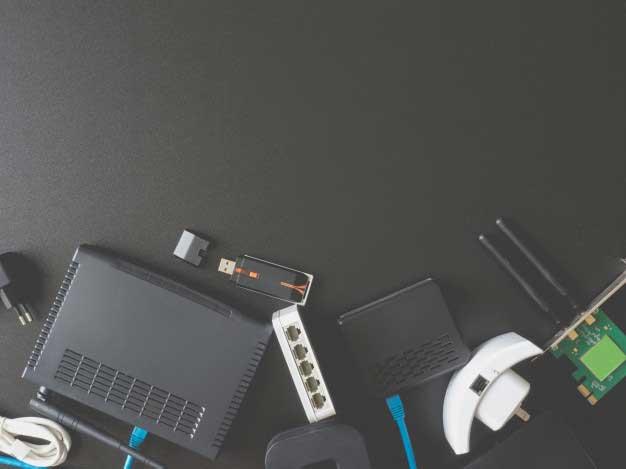 تجهیزات مورد نیاز برای پسیو شبکه شامل روتر کابل هاب